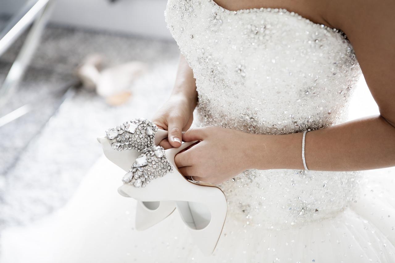 Szpilki na ślub